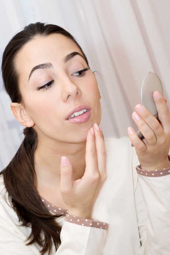 oil in skin care products, clogs pores